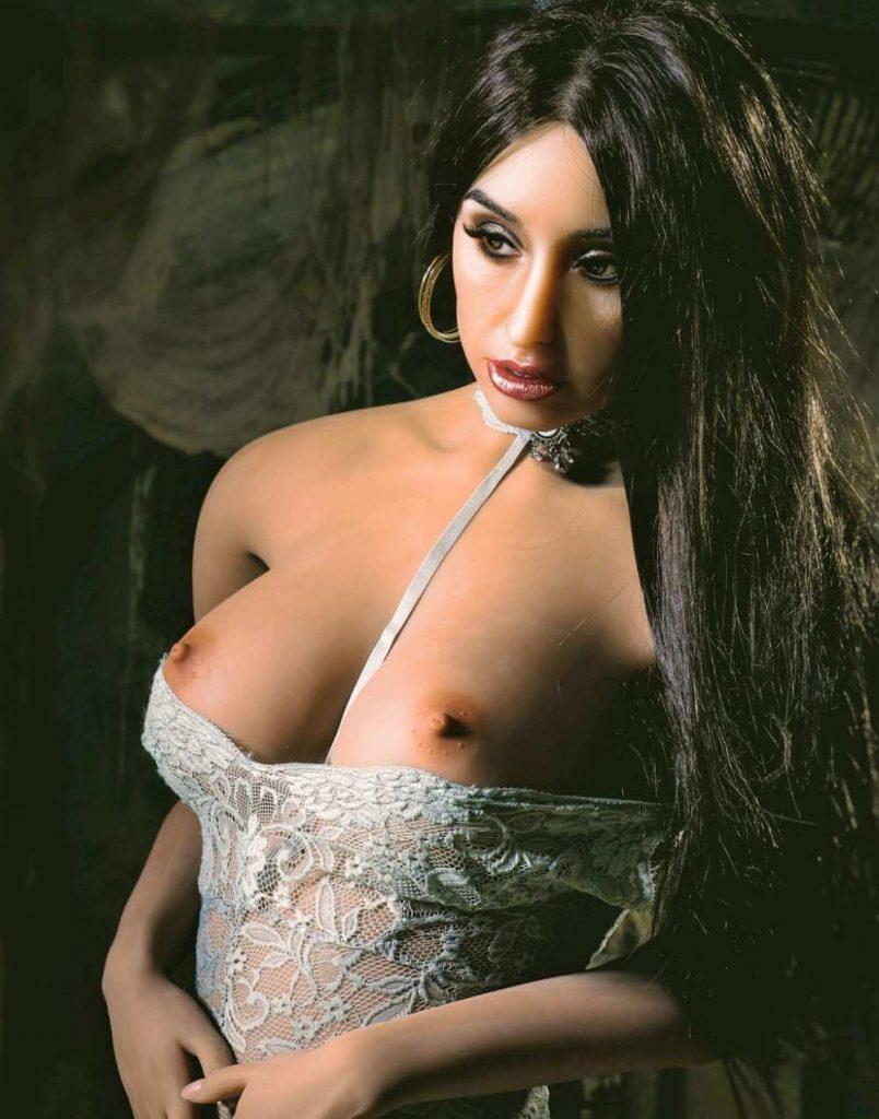 Sex and pornstar dolls